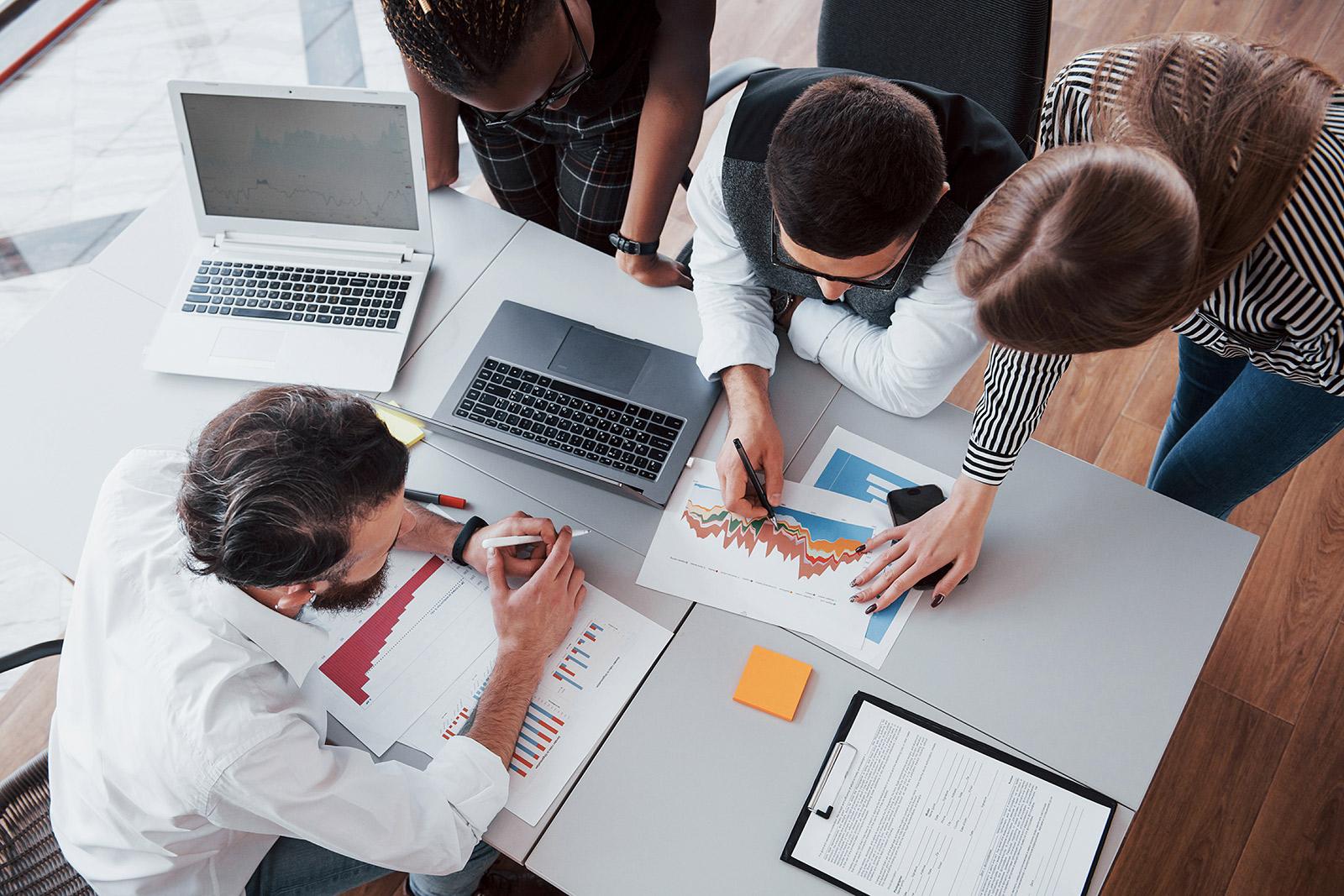 5 casos en los que una empresa necesita un notario